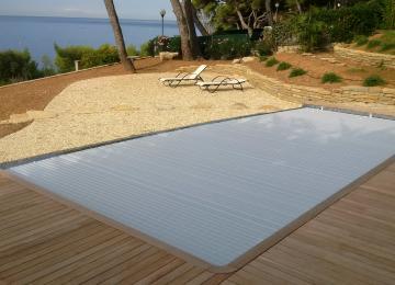 piscine béton ,Autre vue,Piscine fermée par couverture automatique