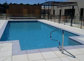 AQUASET,piscine béton ,autre vue PISCINE COLLECTIVE LES SENIORIALES (13)