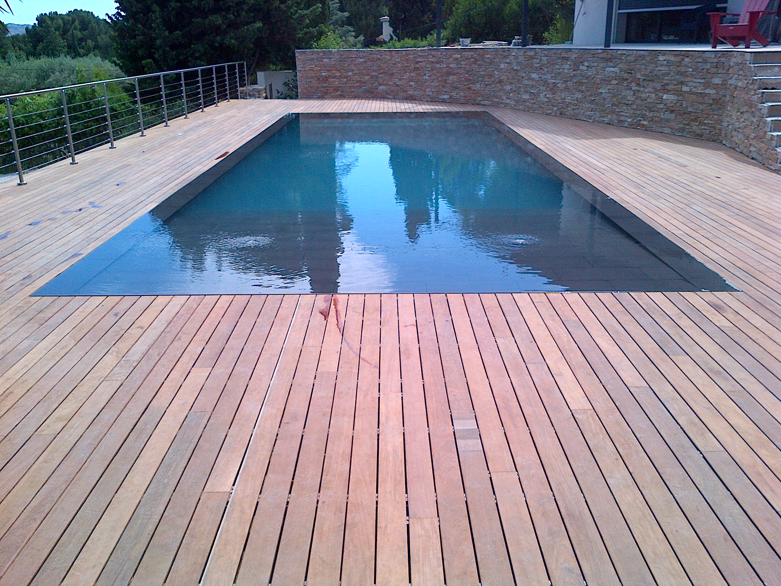 La piscine aquaset piscines traditionnelles brignoles for Construction piscine 80