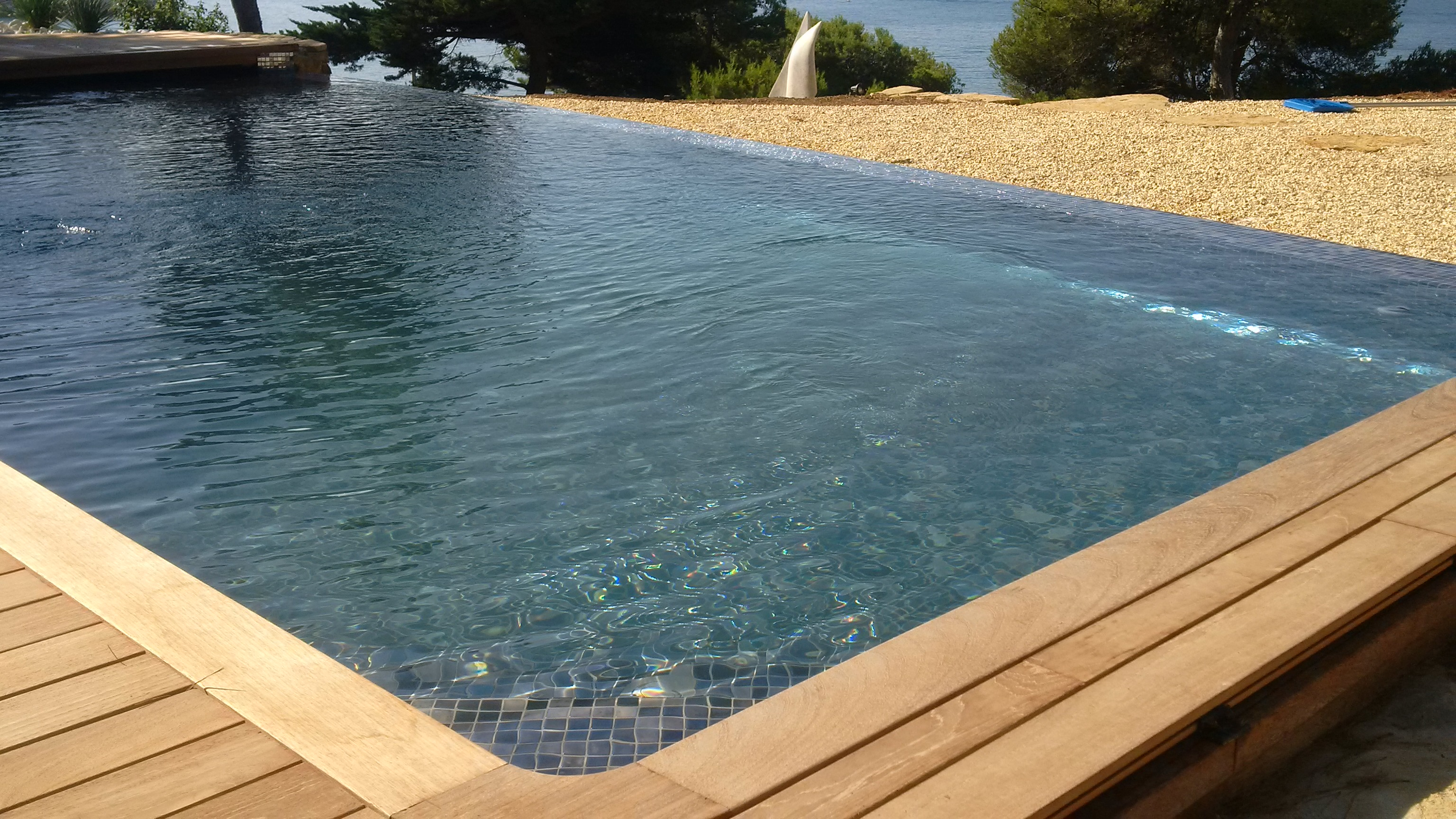 Margelle bois piscine for La piscine bois