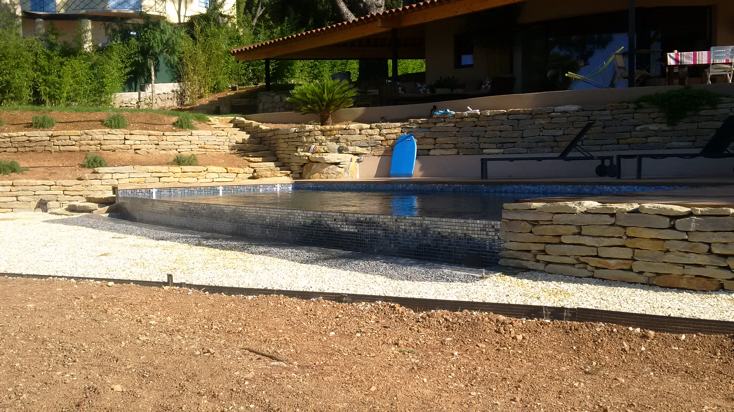La piscine aquaset piscines traditionnelles brignoles for Construction piscine traditionnelle