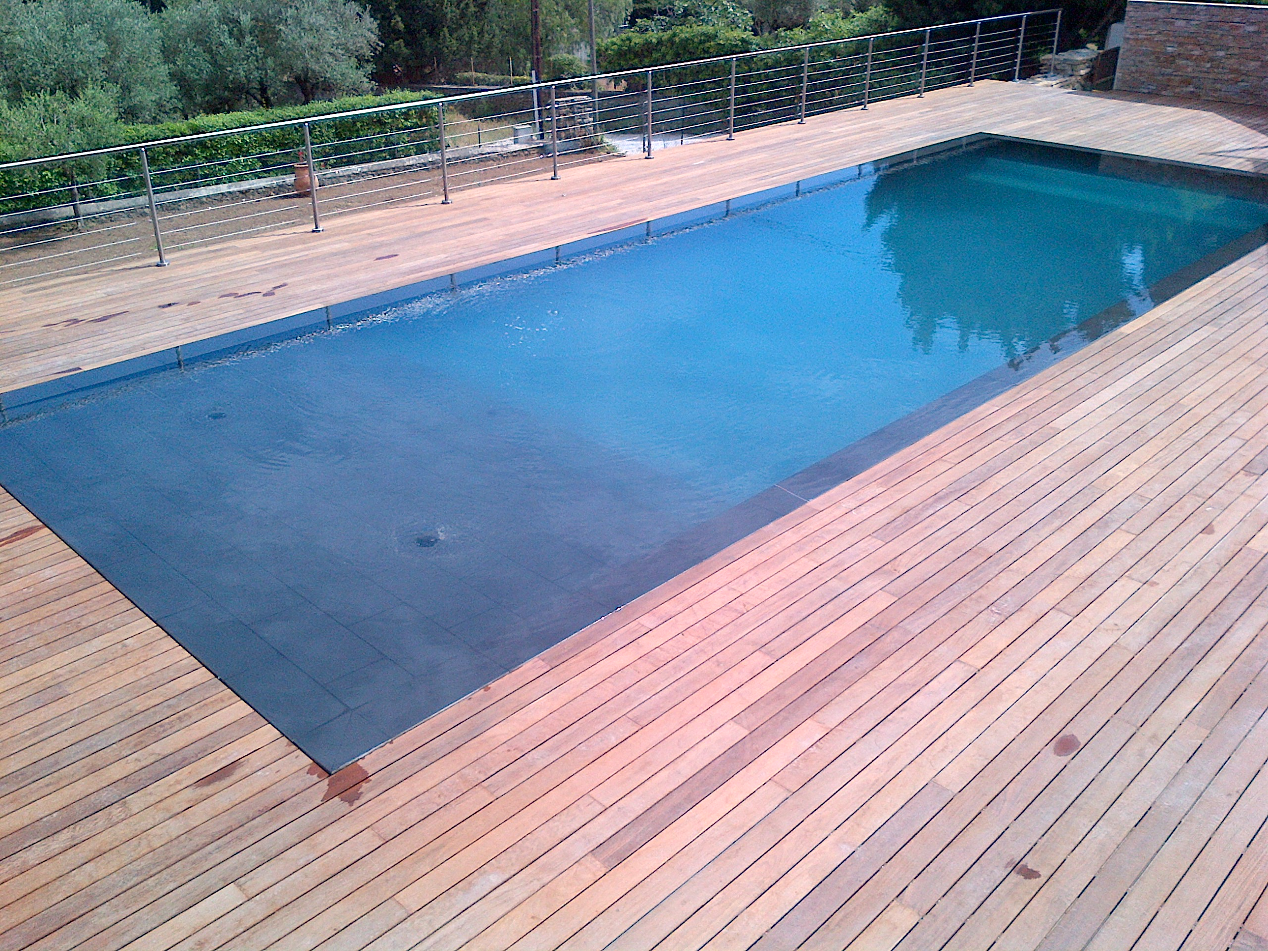 La piscine aquaset brignoles var draguignan fr jus for Construction piscine traditionnelle